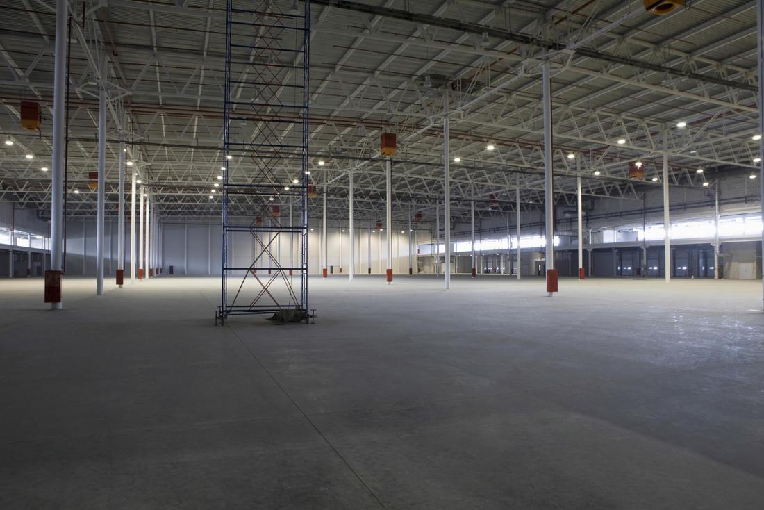 Picture of large commercial building with finished concrete floor